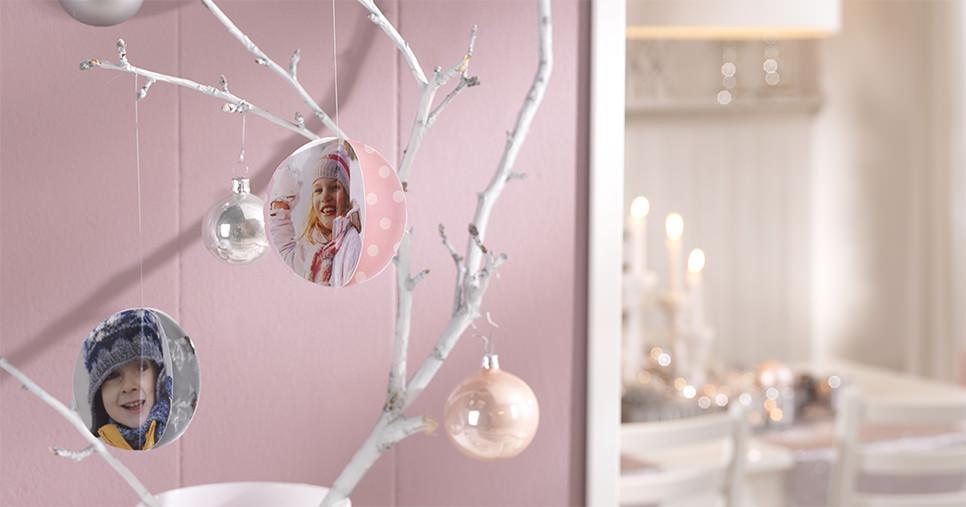 Fotos en sus bolas de Navidad